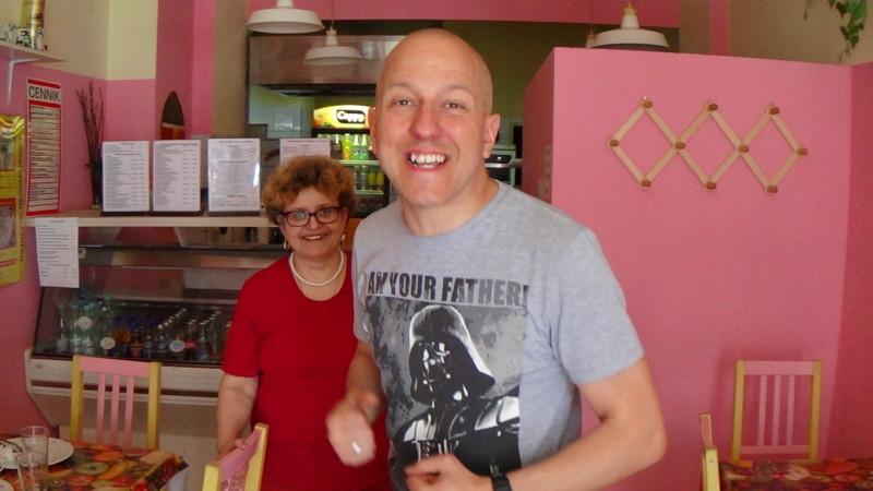 W barze z właścicielką lokalu fot. Michał Kwiatkowski