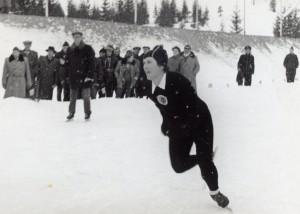 Jadwiga Głażewska w latach 1948-1953 zdobyła 12 tytułów mistrzyni Polski w łyżwiarstwie szybkim.