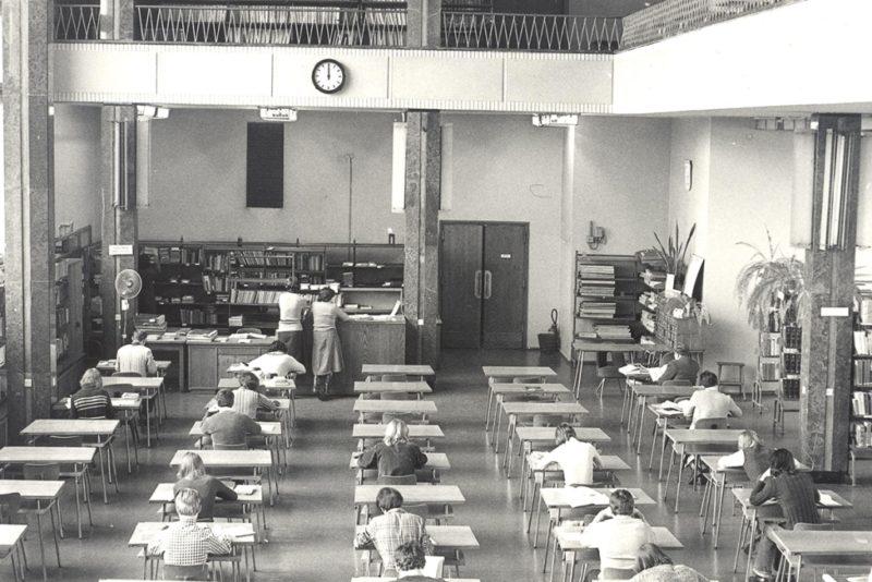 Stary gmach Biblioteki Uniwersytetu Łódzkiego w latach nowości. Zdjęcie z zasobów 70lat.uni.lodz.pl